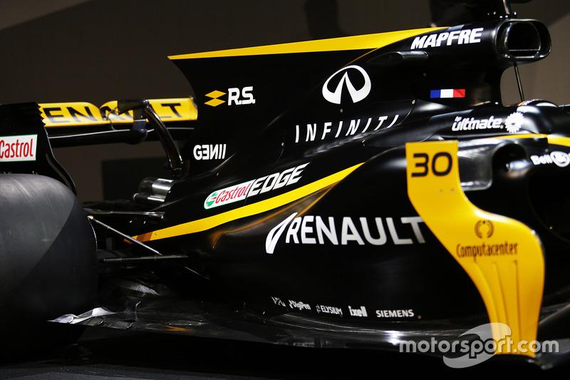 Renault RS17: Motorhaube und Heckflügel