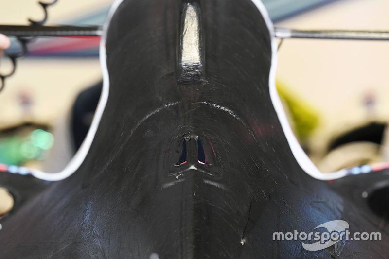 威廉姆斯FW40赛车车身细节图