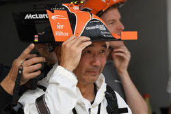 McLaren fan and hat