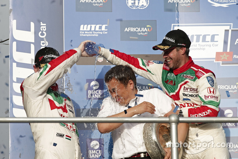 1. Tiago Monteiro, Honda Racing Team JAS, Honda Civic WTCC; 2. Norbert Michelisz, Honda Racing Team JAS, Honda Civic WTCC