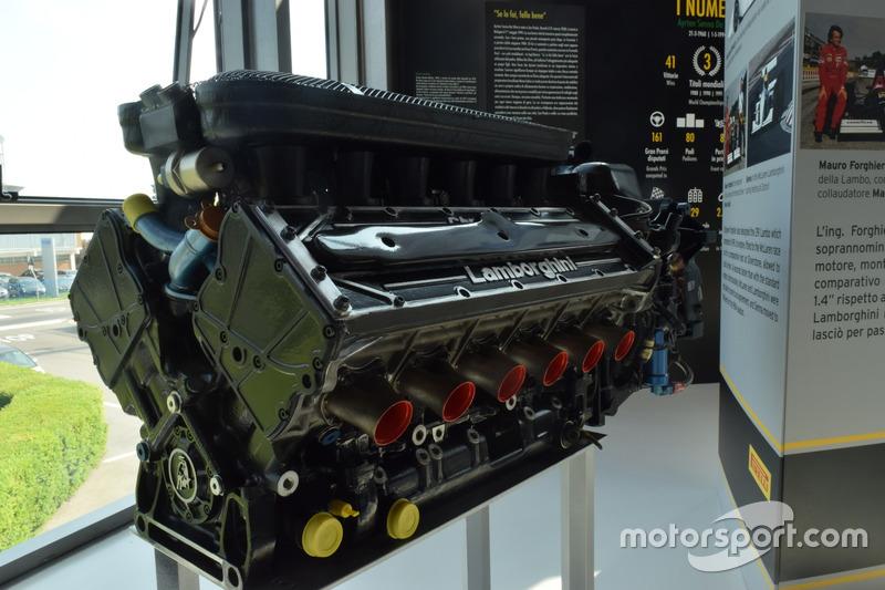 Lamborghini-Motor: LE3512 mit 12 Zylindern