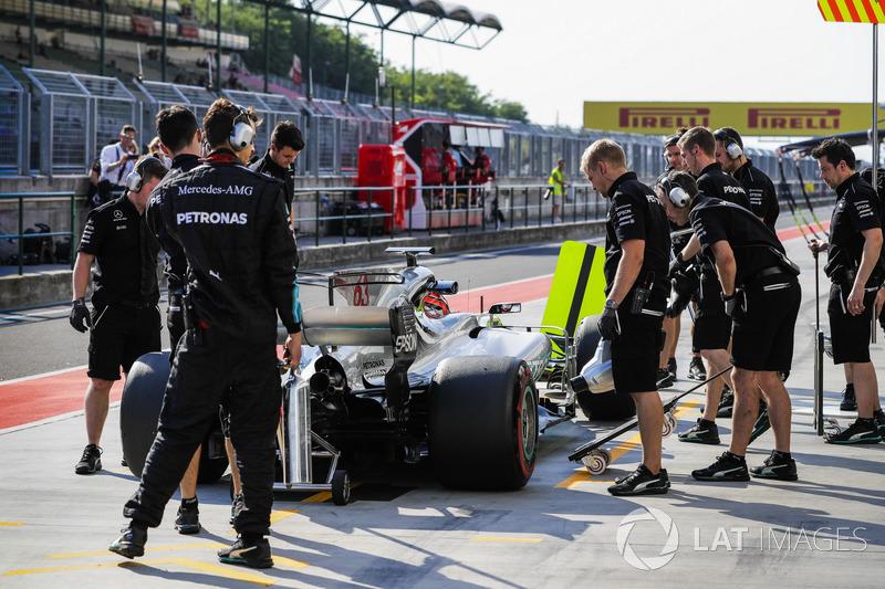 Джордж Расселл, Mercedes AMG F1 W08 піт-стоп