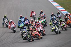 Жоанн Зарко, Monster Yamaha Tech 3, на першій позиції у гонці