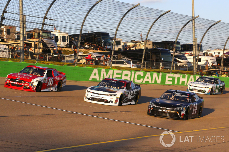J.J. Yeley, TriStar Motorsports Toyota, Tyler Reddick, Chip Ganassi Racing Chevrolet, Ryan Reed, Roush Fenway Racing Ford