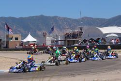 Diego LaRoque memimpin Micro-Max into turn 1