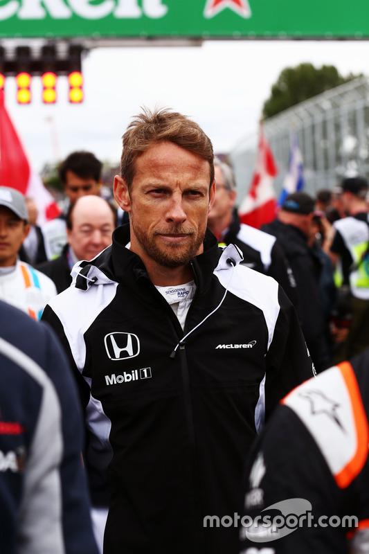Дженсон Баттон, McLaren, на стартовій решітці