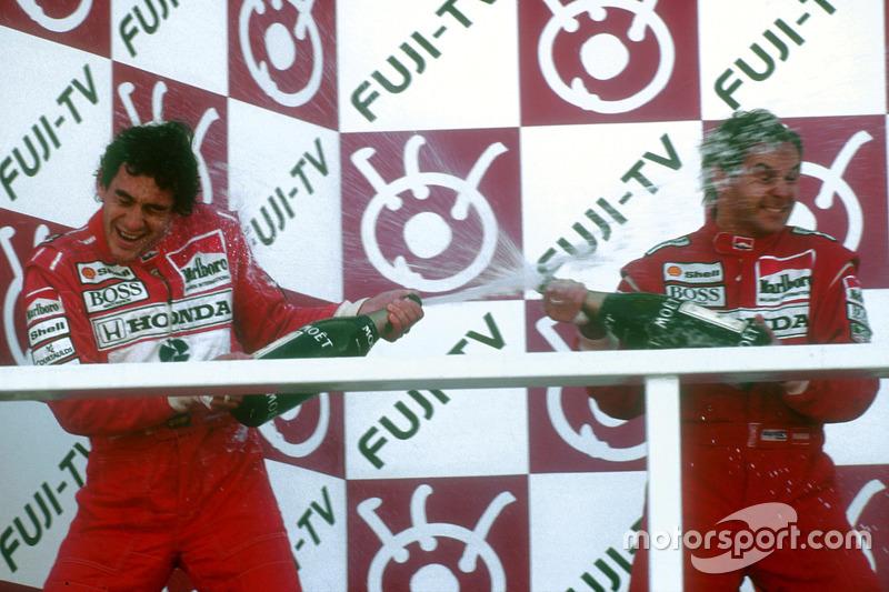 Podium: Race winner Gerhard Berger, McLaren, second place and Worldchampion Ayrton Senna, McLaren