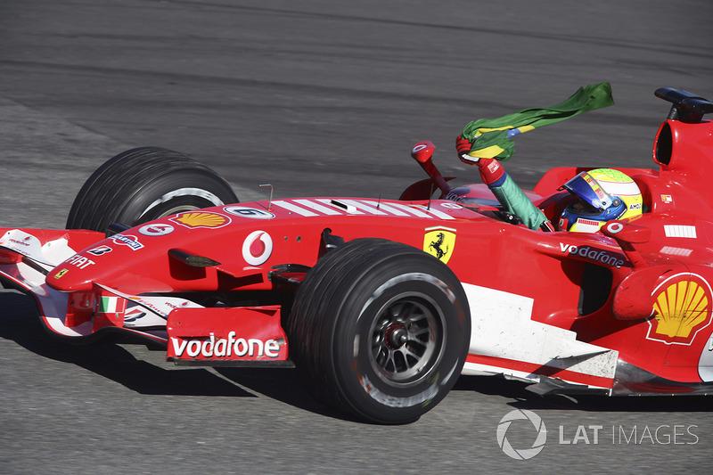 Felipe Massa: Anos na Ferrari: 2006-2013 / GPs: 139 / Vitórias: 11 / Títulos: 0