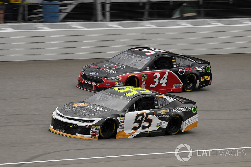 Kasey Kahne, Leavine Family Racing, Chevrolet Camaro Chevy Accessories and Michael McDowell, Front Row Motorsports, Ford Fusion Love's Travel Stops