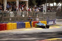 Michael Schumacher, Benetton B194 Ford after crashing