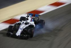 Lance Stroll, Williams FW41 Mercedes, bloquea los frenos