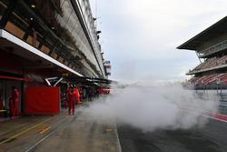 Sebastian Vettel, Ferrari SF71H leaves the garage and smokes
