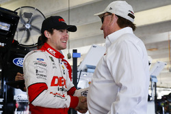 Ryan Blaney, Team Penske Ford Fusion, und Richard Childress