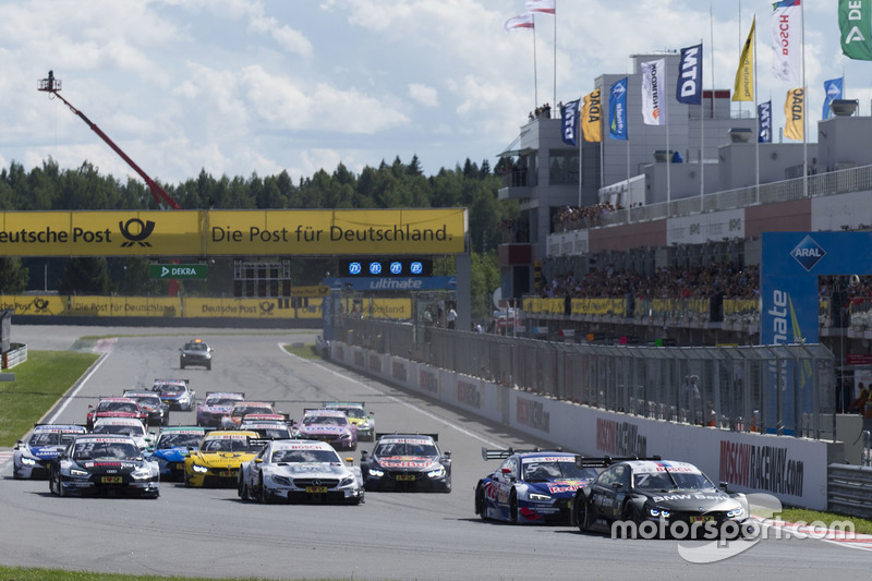 Старт: лідирує Бруно Спенглер, BMW Team RBM, BMW M4 DTM
