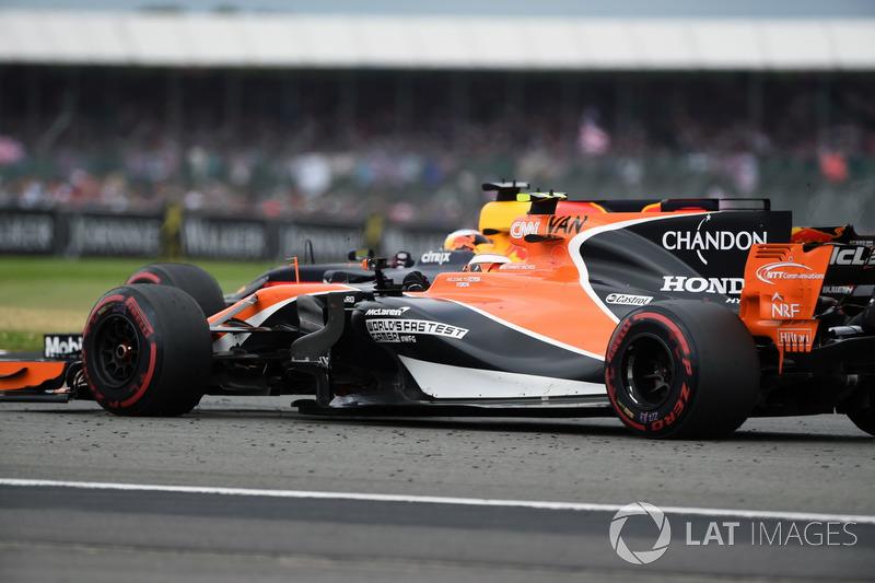 Стоффель Вандорн, McLaren MCL32, Даніель Ріккардо, Red Bull Racing RB13