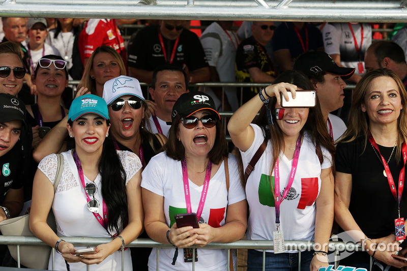 Sergio Pérez, Sahara Force India F1 fans