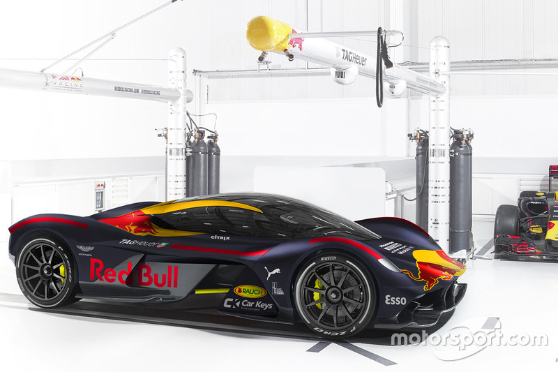 Aston Martin RB 001 im Red-Bull-Design