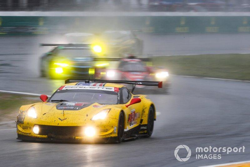 #3 Corvette Racing Corvette C7.R, GTLM: Ян Магнуссен, Антоніо Гарсія, Майк Рокенфеллер
