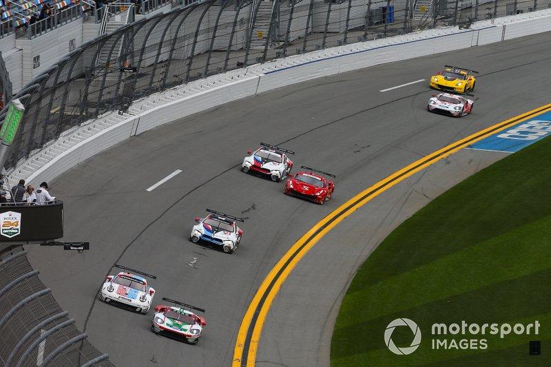 #67 Ford Chip Ganassi Racing Ford GT, GTLM: Ryan Briscoe, Richard Westbrook, Scott Dixon, #912 Porsche GT Team Porsche 911 RSR, GTLM: Mathieu Jaminet, Earl Bamber, Laurens Vanthoor