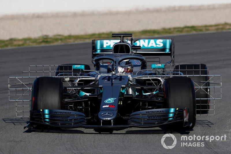 Lewis Hamilton, Mercedes-AMG F1 W10, con sensori aerodinamici
