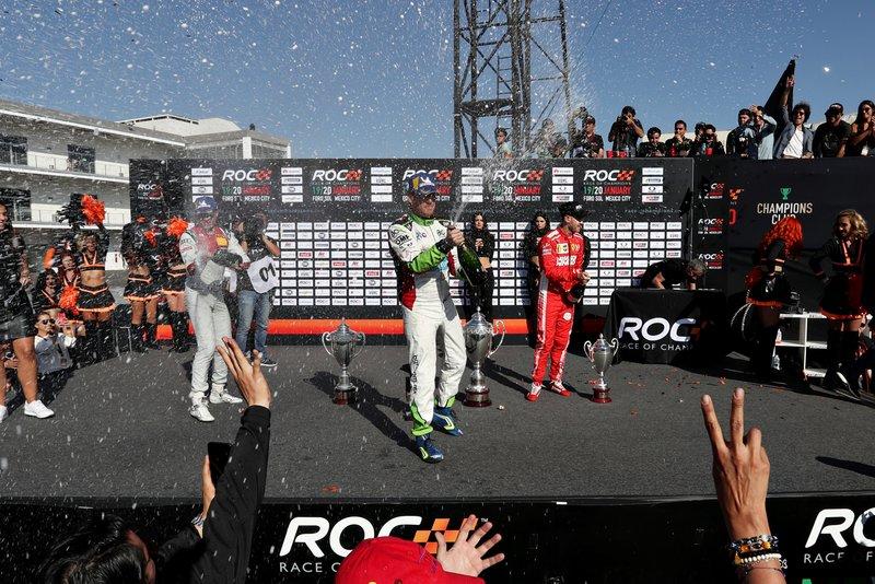Le vainqueur Benito Guerra (MEX) sur le podium