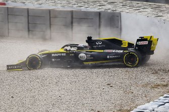 Daniel Ricciardo, Renault F1 Team R.S. 19 crash