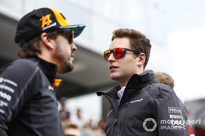 Fernando Alonso, McLaren, y Stoffel Vandoorne, McLaren
