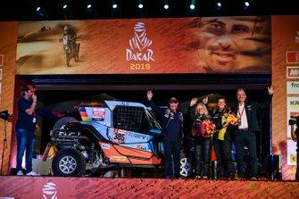 Podium : SxS Racing4Charity-Team Face ALS: Annett Fischer, Andrea Peterhansel