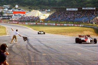 1. Niki Lauda, McLaren MP4/2