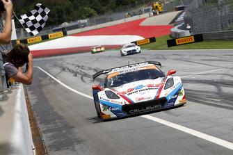Sieger #1 Callaway Competition Corvette C7 GT3-R: Marvin Kirchhöfer, Daniel Keilwitz