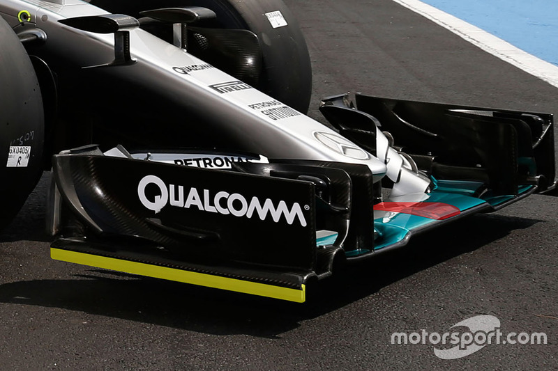 Mercedes AMG F1 W06 Hybrid nose detail