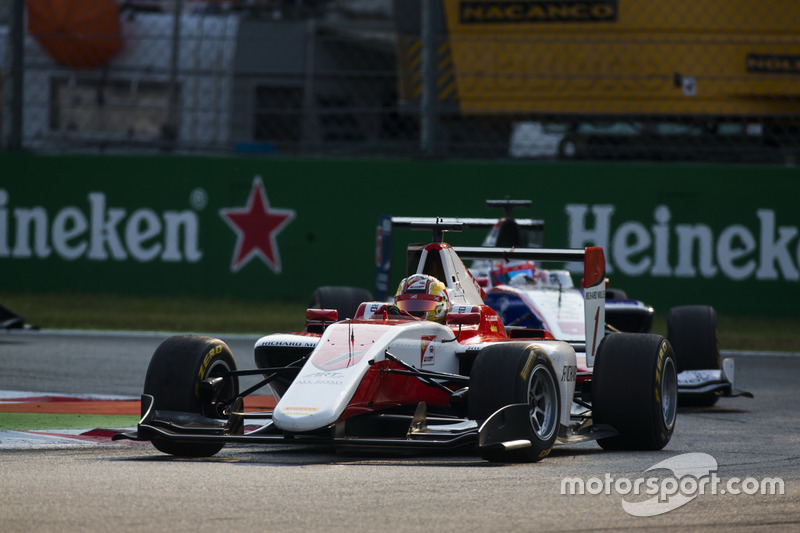 Charles Leclerc, ART Grand Prix leads Antonio Fuoco, Trident