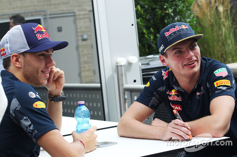 (L to R): Pierre Gasly, Red Bull Racing Third Driver with Max Verstappen, Red Bull Racing