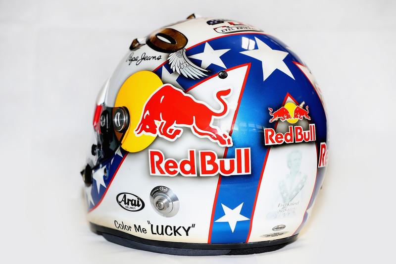 Helm von Daniel Ricciardo, Red Bull Racing, im Design von Evel Knievel