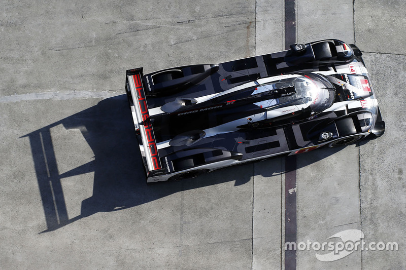 5. #1 Porsche Team Porsche 919 Hybrid: Тімо Бернхард, Марк Веббер, Брендон Хартлі