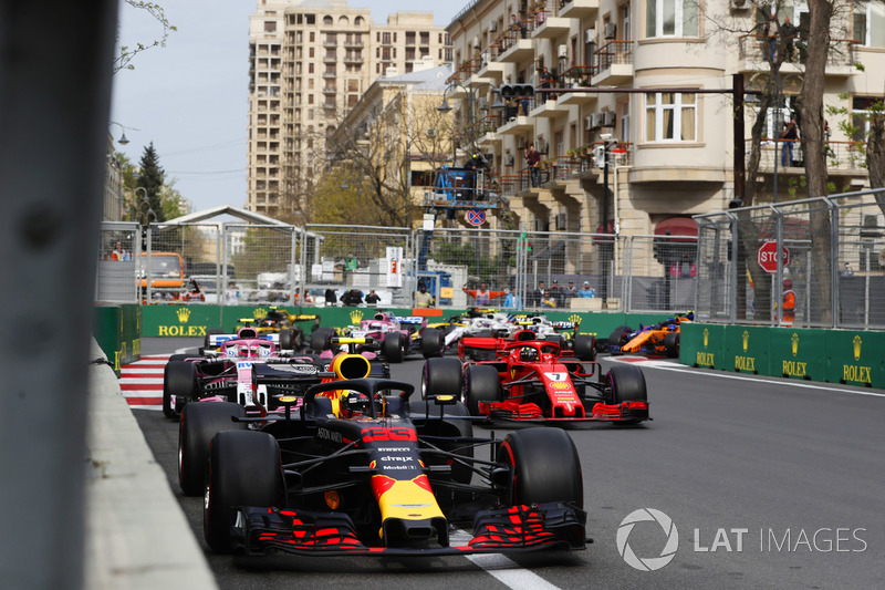 Max Verstappen, Red Bull Racing RB14 Tag Heuer, Kimi Raikkonen, Ferrari SF71H, Esteban Ocon, Force India VJM11 Mercedes, Carlos Sainz Jr., Renault Sport F1 Team R.S. 18, Sergio Perez, Force India VJM11 Mercedes