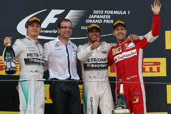 Nico Rosberg, Mercedes AMG F1, race winner Lewis Hamilton, Mercedes AMG F1 and Sebastian Vettel, Ferrari celebrate on the podium