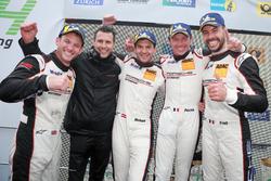 Podio: i vincitori della gara #912 Manthey Racing Porsche 911 GT3 R: Richard Lietz, Patrick Pilet, Frédéric Makowiecki, Nick Tandy