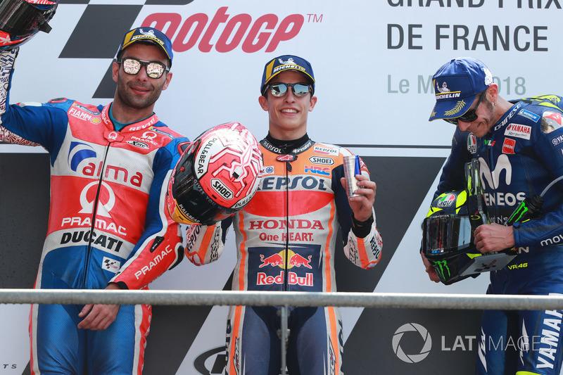 Pódio com Marc Marquez, Repsol Honda Team, Danilo Petrucci, Pramac Racing e Valentino Rossi, Yamaha Factory Racing