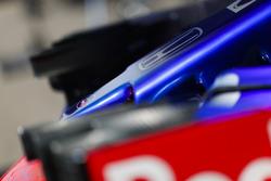 Honda logo op de Toro Rosso neus