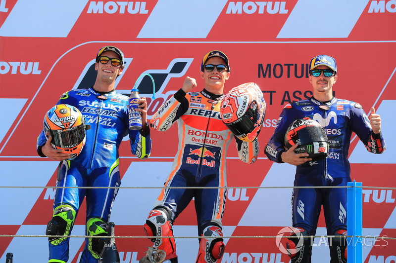 Podio segundo Alex Rins, Team Suzuki MotoGP, ganador de la carrera Marc Marquez, Repsol Honda Team, tercera plaza Maverick Viñales, Yamaha Factory Racing