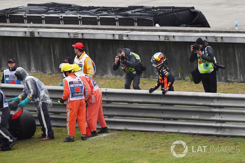 Daniel Ricciardo, Red Bull Racing berhenti di trek