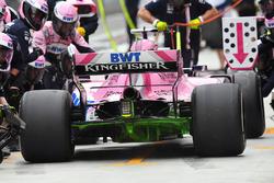 Arrêt au stand de Sergio Perez, Force India VJM11