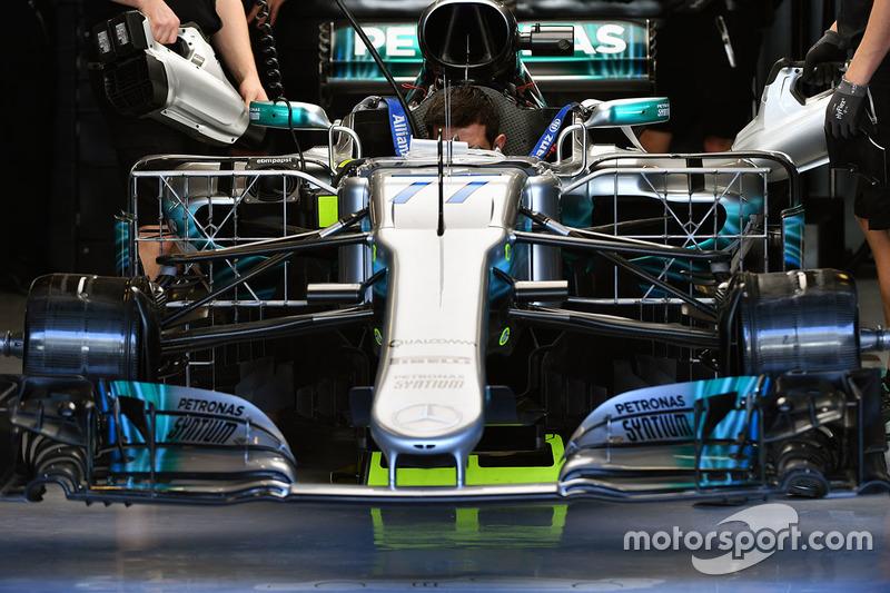 Mercedes-Benz F1 W08 avec des capteurs aérodynamiques