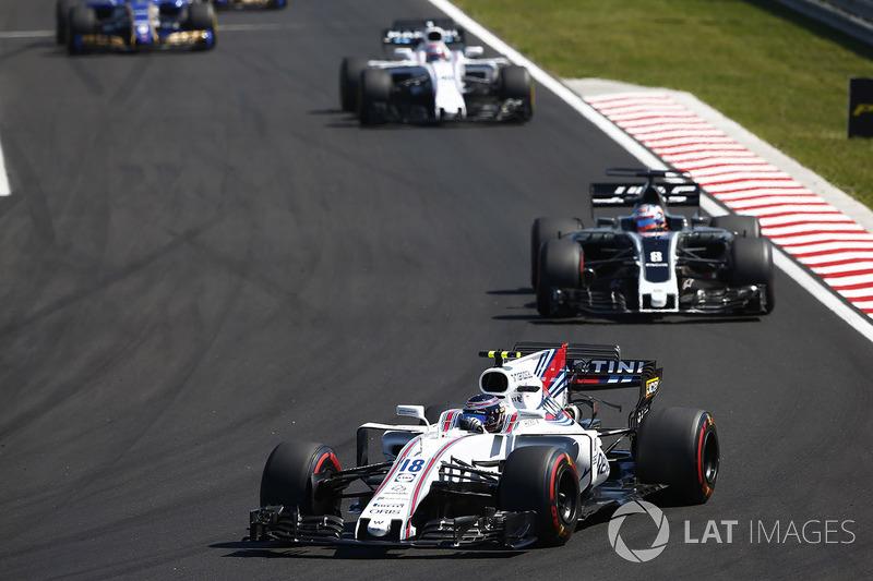 Lance Stroll, Williams FW40, Romain Grosjean, Haas F1 Team VF-17, Paul di Resta, Williams FW40