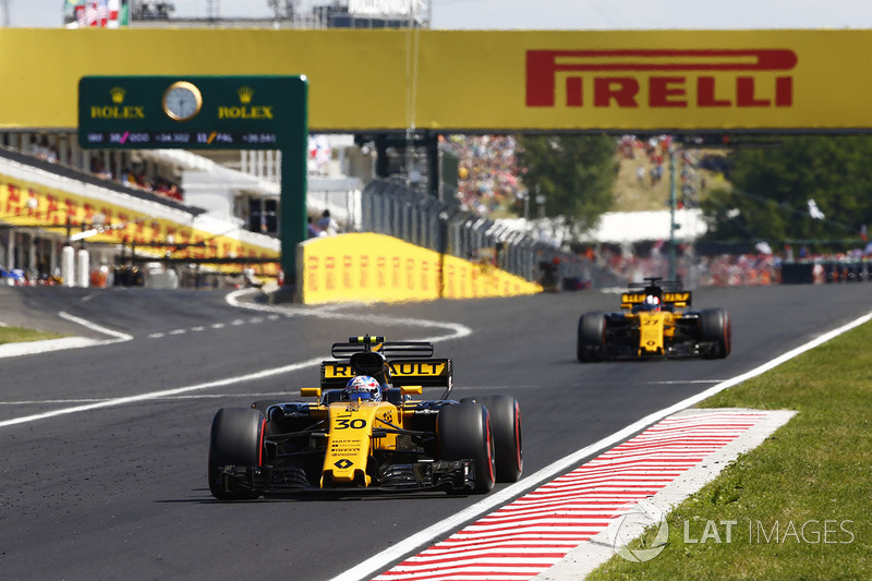 Джоліон Палмер, Renault Sport F1 Team RS17, Ніко Хюлькенберг, Renault Sport F1 Team RS17