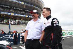 Глава Toyota GAZOO Racing Роб Лепен и Майк Конвей