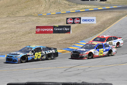 Michael McDowell, Leavine Family Racing Chevrolet, Kevin O'Connell, Premium Motorsports Chevrolet, Ryan Blaney, Wood Brothers Racing Ford