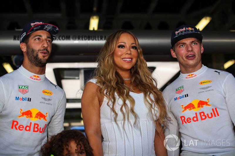 Гран Прі Азербайджану. Даніель Ріккардо, Red Bull Racing, Макс Ферстаппен, Red Bull Racing, та Мерая Кері