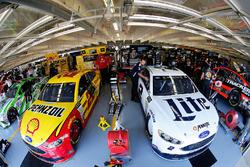 Brad Keselowski, Team Penske Ford; Joey Logano, Team Penske, Ford